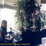 Ana Cristina n el piano -David